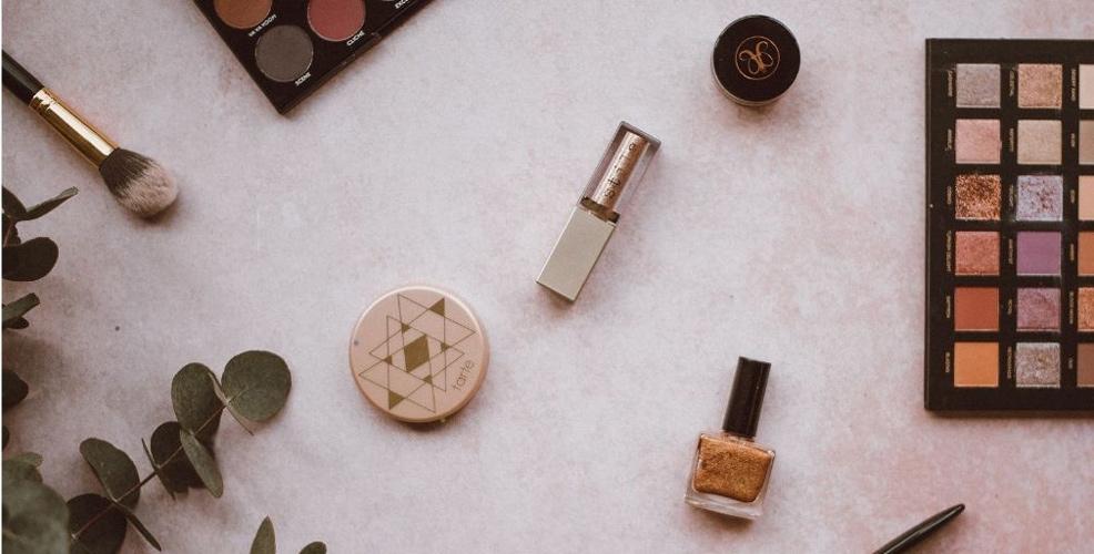 عکاسی از محصولات آرایشی